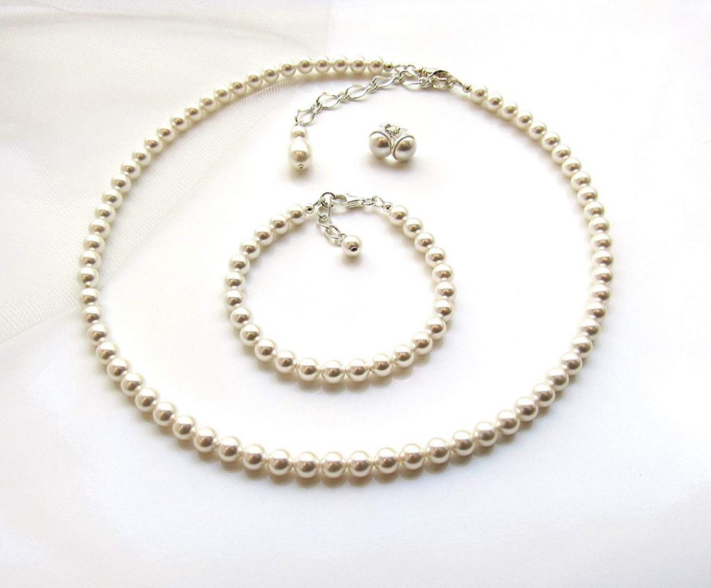 How to Choose a Perfect Pearl Jewelry on Every Occasion?